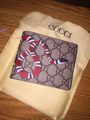 GG Gucci wallet for Sale in Cranston, RI