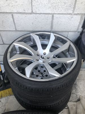 Forgiato 22 inch wheels for Sale in Los Angeles, CA