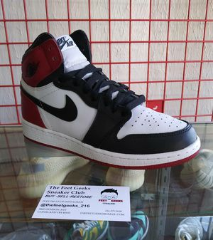 AIR JORDAN 1 RETRO BLACK TOE SIZE 6.5Y GS EXCELLENT USED CONDITION NO BOX $450 for Sale in Cleveland, OH