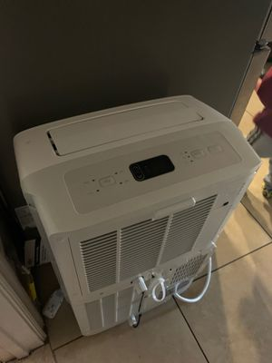 LG a/c bought it from Home Depot barely used want 275 for it for Sale in Moreno Valley, CA