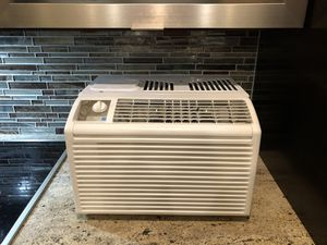 LG Air Conditioner Wall/Window unit for Sale in Cave Creek, AZ