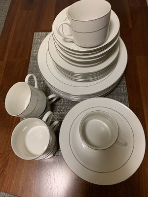 China set for 6. for Sale in Bellevue, WA