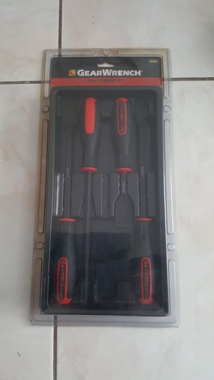 NEW GEARWRENCH 84080 4 PIECE SCRAPER SET for Sale in Tampa, FL