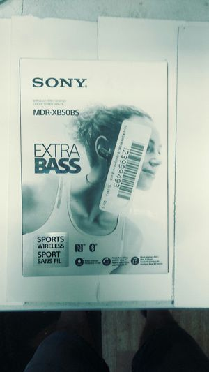 Sony Extra Bass Bluetooth Headphones for Sale in Smyrna, TN