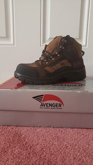 Avenger Work Boots Size 8 for Sale in New Haven, CT