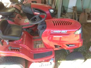 Troy built riding mower for Sale in West Point, MS