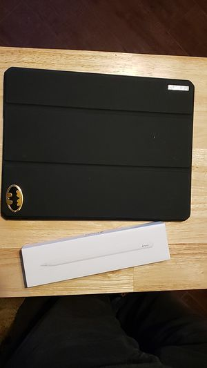 Apple pencil 2nd Gen and batman case / cover for Sale in Riverdale, CA
