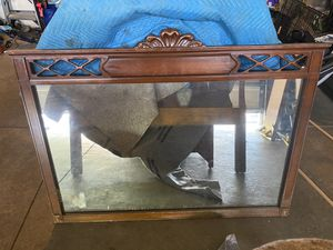 Rustic Antique Bedroom Set with large original mirror for Sale in Clairton, PA