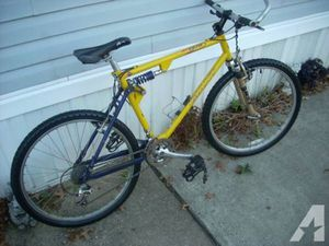Giant ATX 970 Downhill Champion Mountain Bike for Sale in Gresham, OR