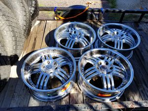 20 in chrome rims for Sale in Englewood, CO