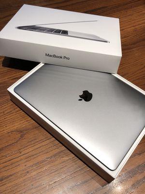 2016 MacBook Pro 256gb / 8gb for Sale in San Jose, CA