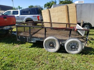9 x 7 Utility Trailer used, everything works. for Sale in North Miami Beach, FL