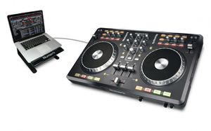 Numark Mixtrack Pro DJ Software Controller with Audio I/O for Sale in Federal Way, WA
