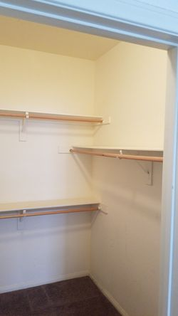 Closet Shelves for Sale in Las Vegas,  NV