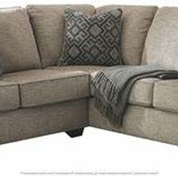 NEW L SHAPPED, LAF LOVESEAT SECTIONAL WITH CORNER WEDGE for Sale in Chino,  CA