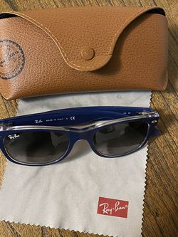 Ray-Ban New Wayfarer Color Mix Navy/Clear (Matte) for Sale in Dedham,  MA