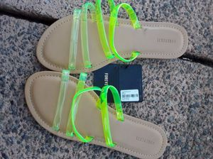 Forever 21 sandals size 7.5 for Sale in Los Angeles, CA