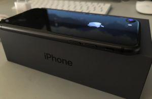 iPhone 8 in great condition for Sale in Port St. Lucie, FL