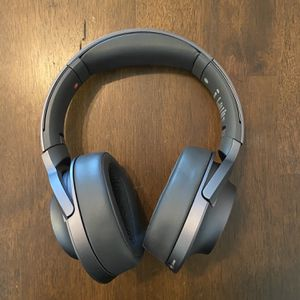 Sony Noise Cancelling Bluetooth Headphones Model WH-H900N for Sale in Scottsdale, AZ