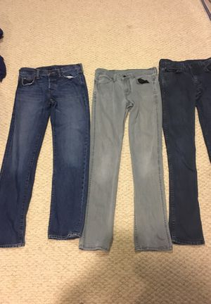 Abercrombie & Fitch / Levis Jeans 3 pairs for Sale in Maryland City, MD