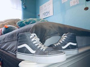 Classic high top gray vans for Sale in Fresno, CA