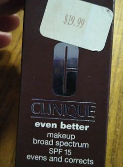 New Clinique even better make-up 127 truffle Broad spectrum SPF 15 Evens and corrects Dermatologist-developed foundation instantly perfects, actively for Sale in Huttonsville,  WV