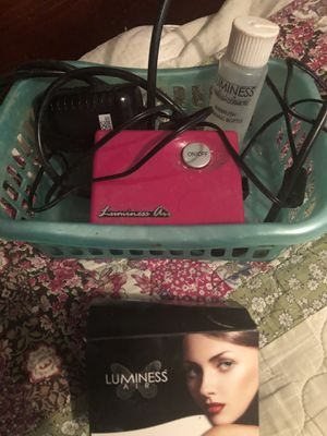 Lumiess air makeup with some makeup drops included $15 for Sale in Los Angeles, CA