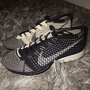 Nike Flynit Racer Oreo for Sale in Hollywood, FL