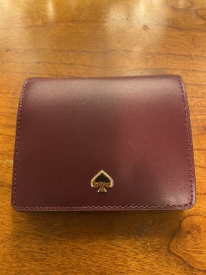Kate spade wine red small wallet for Sale in Denver, CO