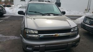 2006 CHEVY TRAIL BLAZER GRAY for Sale in Revere, MA