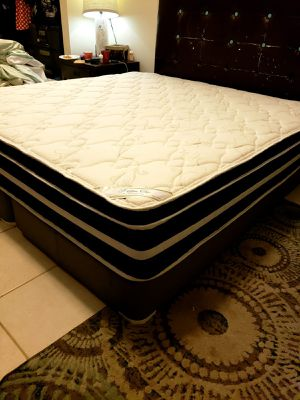 NEW Pillowtop KING mattress & BOX spring. Bed frame not included on offer for Sale in West Palm Beach, FL