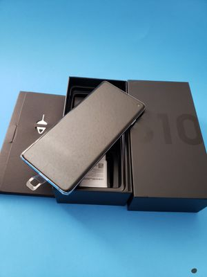 Galaxy s10 - Samsung galaxy S10 factory unlocked prism blue for Sale in Westminster, CA