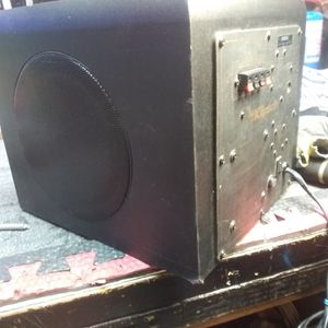 Klipsch 2.1 Pro Media Subwoofer And Amp for Sale in Grand Prairie, TX