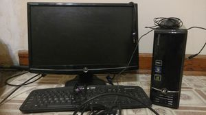 computer, monitor, keyboard, mouse for Sale in Chicago, IL