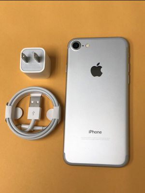 """iPhone 7 128GB FACTORY UNLOCKED"""" Like new with warranty ( Special price ) for Sale in Silver Spring, MD"""
