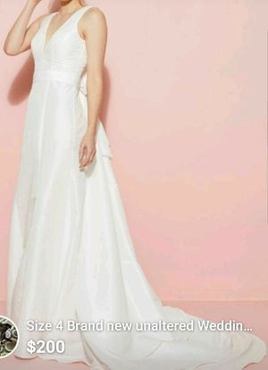 NWT unaltered Modcloth wedding dress size 4 white for Sale in Tempe, AZ