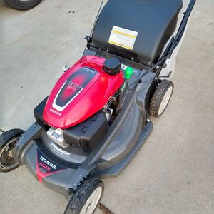 """Honda NeXite (21"""") (ez start) ( Self propelled ) ( commercial competitive ) Lawn Mower ( double blades ) ( ready to mow ) for Sale in Garden Grove, CA"""