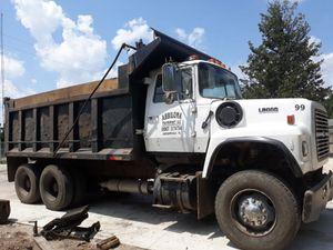 1987 Ford L 8000. Dump Truck. for Sale in Jacksonville, FL