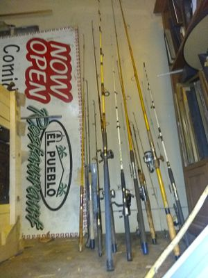 VINTAGE FISHING RODS & REELS for Sale in Los Angeles, CA