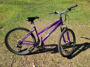 """Bicycle, Schwinn Sidewinder, 26"""", 21 Speed Mountain Bike for Sale in Tallassee, AL"""