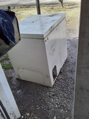 Deep freezer for Sale in East St. Louis, IL
