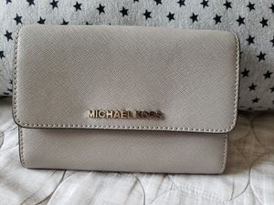 Michael Kors Large Wallet for Sale in Morrisville, NC
