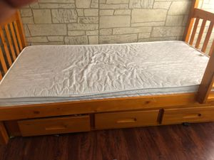 tiwn bunk beds for sale 300$ no scratches or any thing for Sale in St. Louis, MO