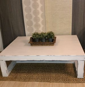 Huge Distressed Coffee Table for Sale in Saginaw, TX