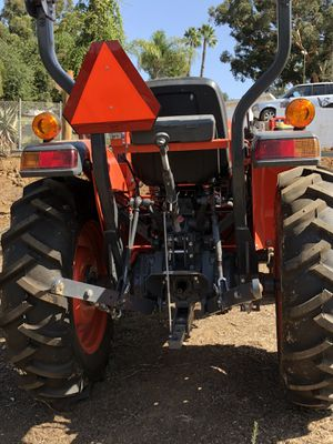 Kubota L3901 Tractor <30hrs for Sale in Oceanside, CA