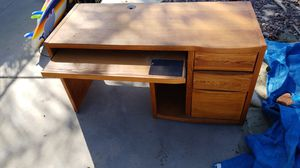 Free desk for Sale in Spring Valley, CA