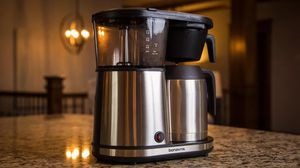 Bonavita Connoisseur Stainless Steel 8 Cup Coffee Brewer (ORIGINAL COST $103!) for Sale in Seattle, WA