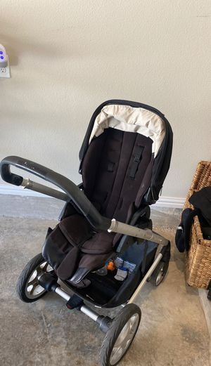 Nuna stroller system for Sale in Carrollton, TX