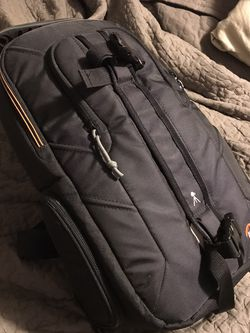 Camera Bag; Lowepro Slingshot Edge 150w for Sale in Battle Ground,  WA