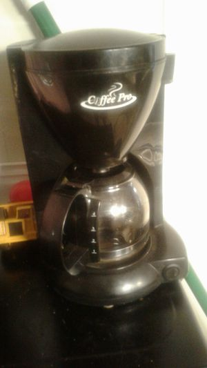 Coffee pot for Sale in Proctor, WV